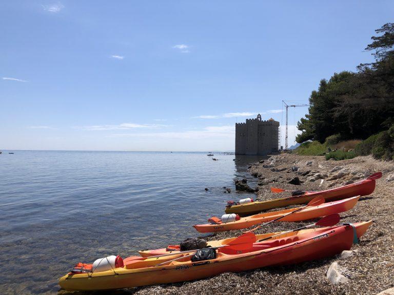 KAYAK-CANNES-location-ile de lerins-ile sainte-marguerite-ile saint-honorat-cote d'azur-paca-alpes-maritimes-06-